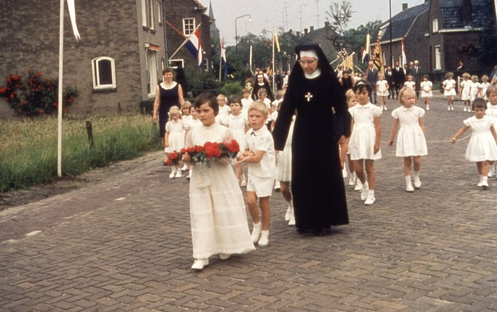 Sacramentsprocessie in Berkel-Enschot